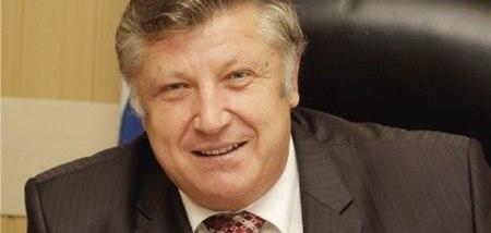 Владимир Максютин