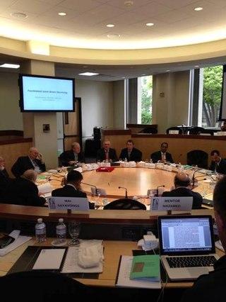 Пленарное заседание участников Global Hot Spots, Insider Briefings, Университет Стэнфорд.