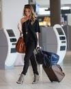 airport-fashion-louis-vuitton-model-outfit-favimcom-74126