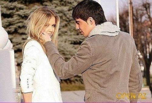 блондинку обнимает парень фото
