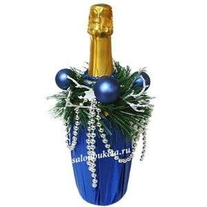 самый новогодний напиток - шампанское.