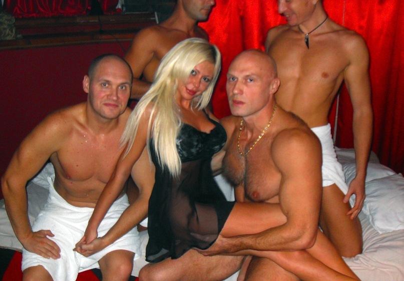 Порно фото вероника ригал, порно фото галереи кунилингус толпе баб в общаге