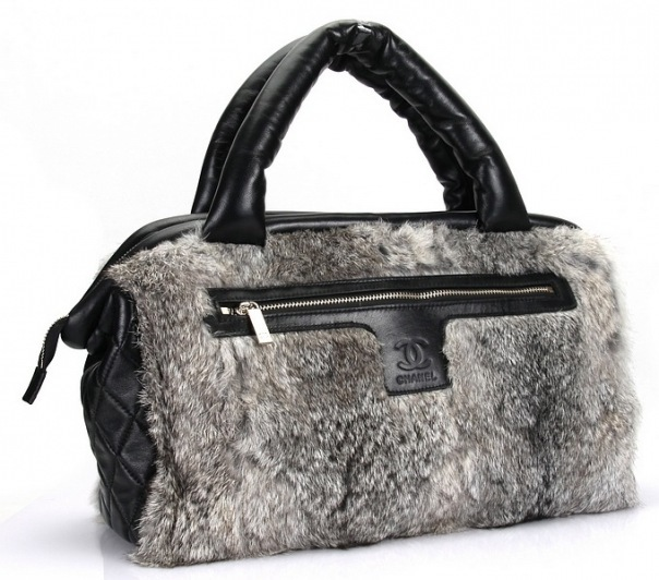 Ликвидация старой коллекции.  Зимние сумочки от 2000 руб.