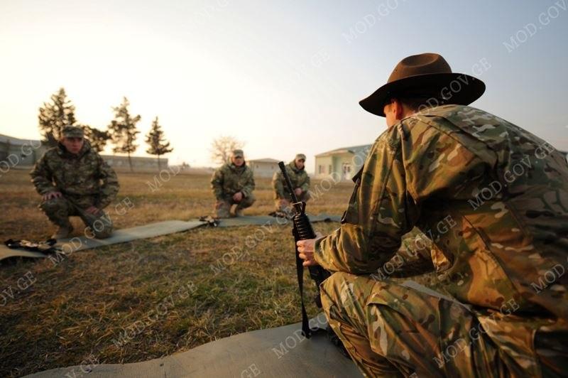 Armée Géorgienne - Page 3 Y_9c88a261
