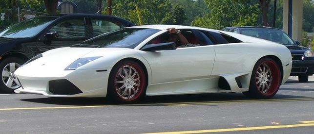Young Jeezy – White Lamborghini Murcielago