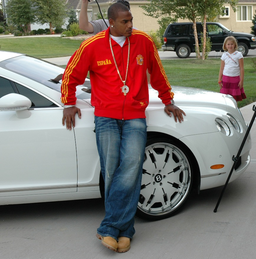 Larry Johnson – White Bentley Continental GT
