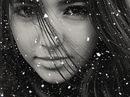 Дело было зимой, девушка шла, поскользнулась и упала. и ржач пошел в...