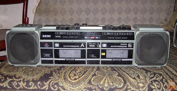 Фотографии двухкассетного стереофонического магнитофона