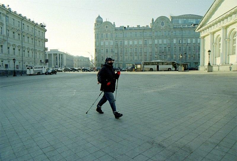Альпинист возле кремля