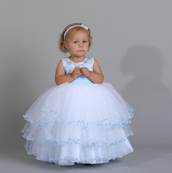 Платье ребенку  на новый год