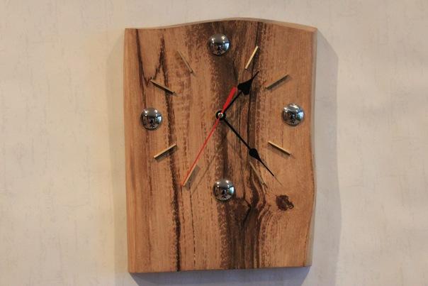 Часы деревянные настенные фото