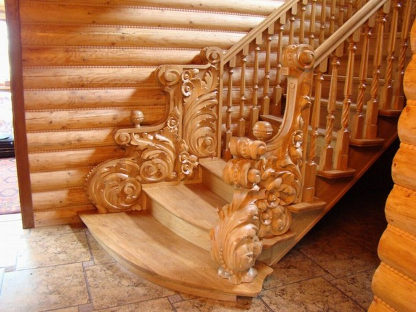 ...краснодеревщика Георгий Хачатурова предлагает свои услуги по изготовление и монтажа деревянных лестниц(классика...
