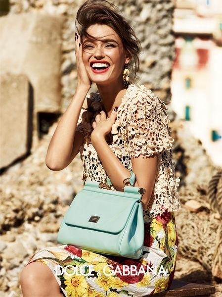 Рекламная фотосессия Dolce & Gabbana с участием Моники Белуччи и Бьянки...