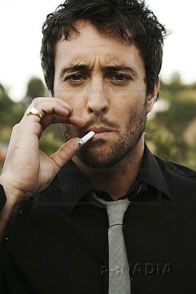 alex o'loughlin pictures