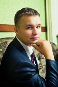 Виктор Белоусов