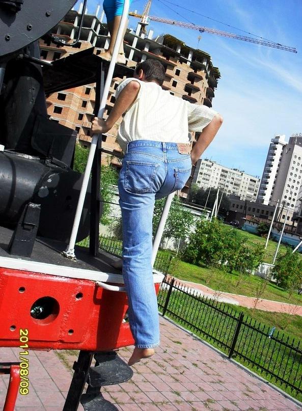 http://cs5989.vkontakte.ru/u12317566/140933984/y_797ac051.jpg