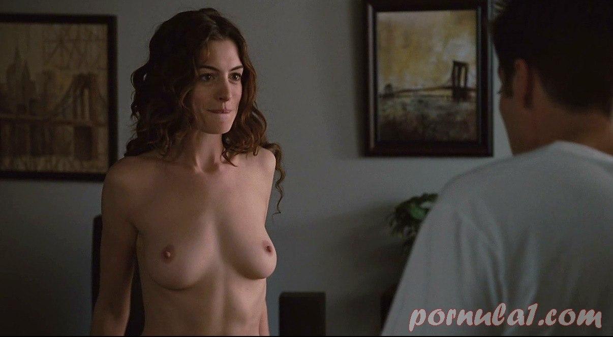 dzhennifer-konnelli-porno-foto