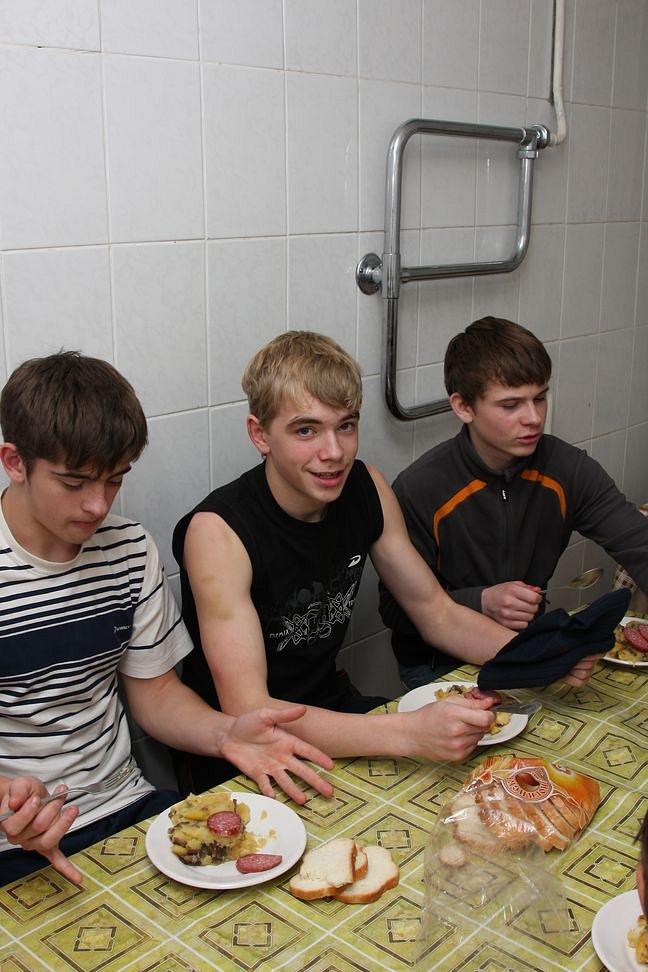 http://cs600.vkontakte.ru/u47685384/121054178/z_9e59ffd9.jpg