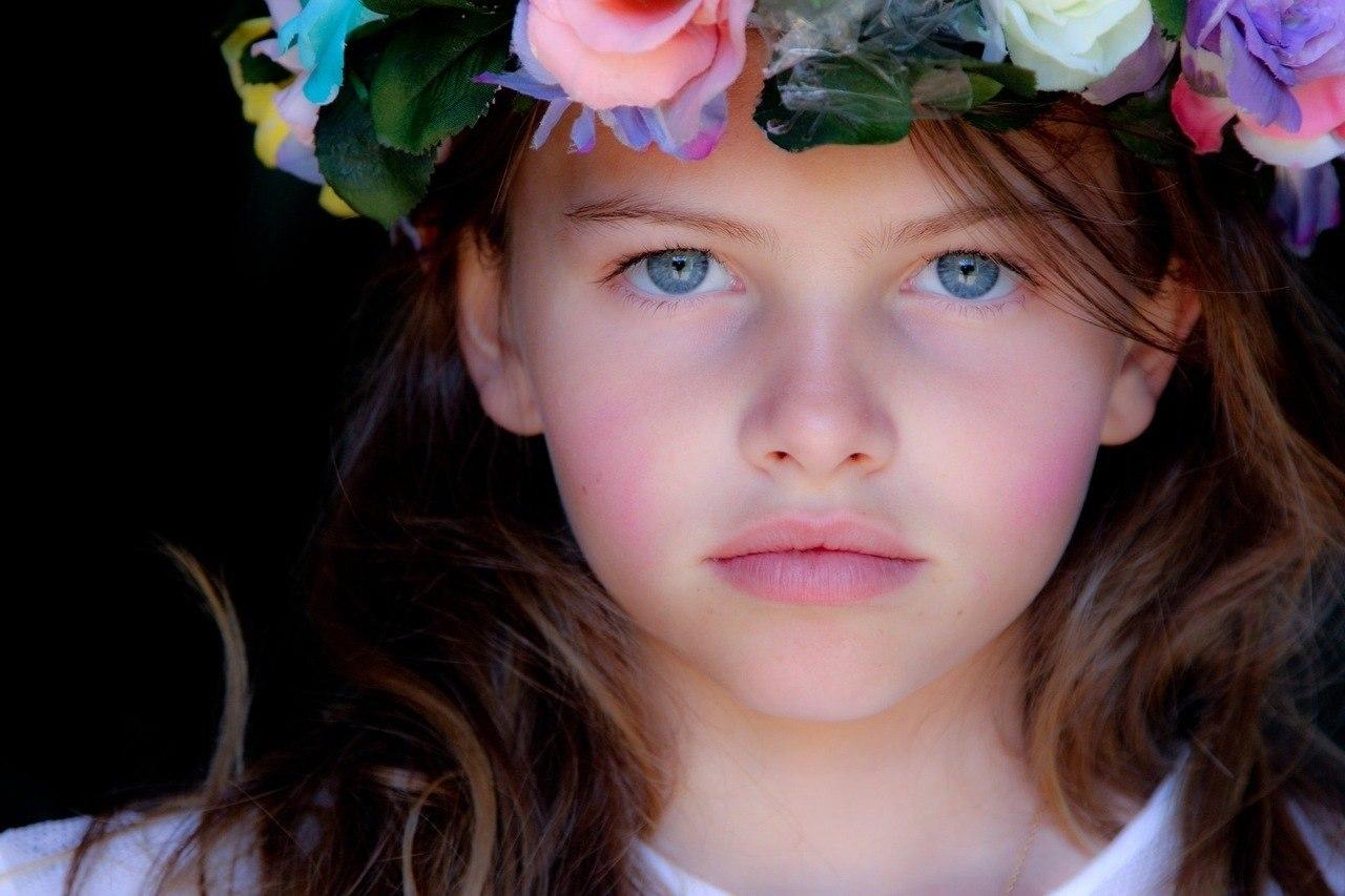 Фото юних девок фото, Голые молодые девушки 18-20 лет - 47 лучших фото 20 фотография
