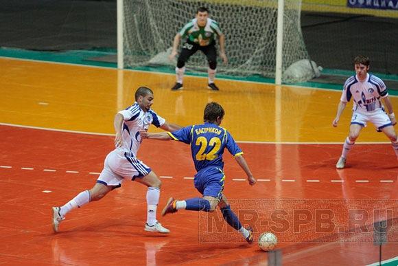 футбол 2012