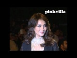 Madhuri Dixit walks the ramp at the grand finale of IIJW 2012