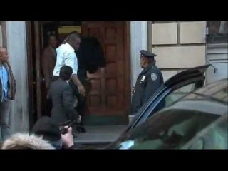 UPDATE - Lindsay Lohan Arrested In New York - Woman Revealed !! - November 30, 2012