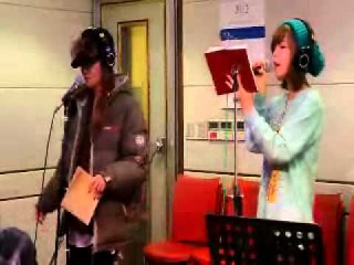 111231 Nine Muses (나인뮤지스) Hyemi and Sera sing Part Time Lover