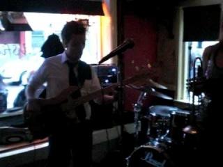 Saskia Laroo Band - Ya Know How We Do