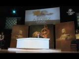 Magnus Carlsen se enfrenta ´contra el mundo´; gana partida