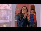 Violetta - Tomas entra nella stanza di Violetta HQ