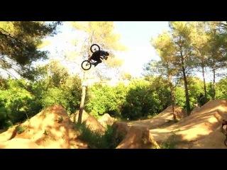Unbelieveable Bike Tricks & Stunts