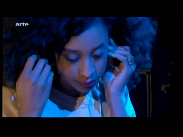CORINNE BAILEY RAE Paris Nights - Interview Closer live 2010 @ One Shot Not