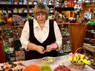 Как делать букеты из конфет [uroki-online.com]