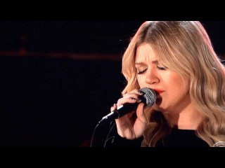 Kelly Clarkson Grammys 2013 Tennessee Waltz and Natural Woman