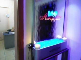 Водопад по зеркалу с LED подсветкой