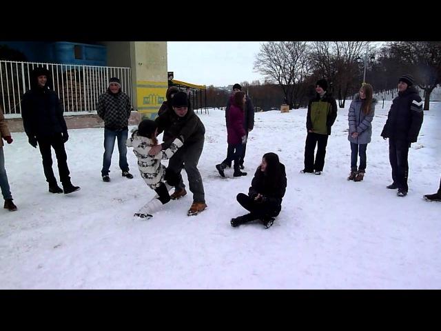 Сніжкове побоїще 4 - Коди