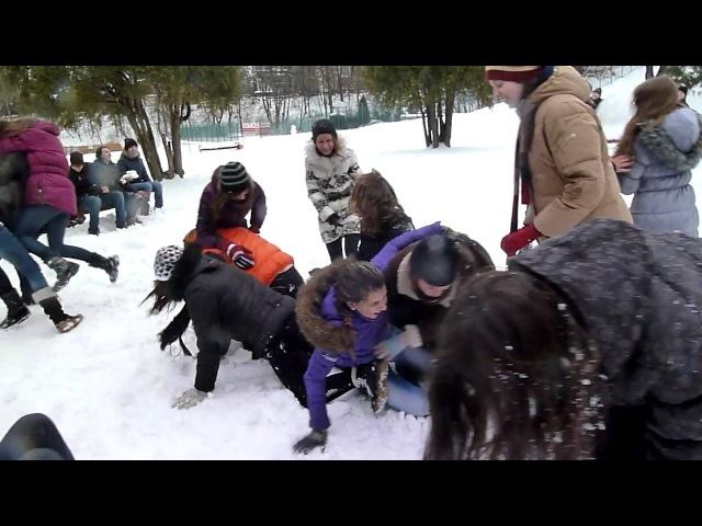 Сніжкове побоїще 4 - Дівоча лаваналаву 2