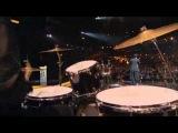 Карина Барби  в кремле вручает премию - Градусы - Голая (Золотой граммофон-2011)