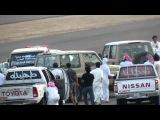 Saudi Arabia - Police Car Gets Chased !!!