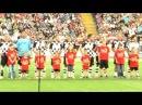 hr3-Einlaufkinder beim Kick für Kinder