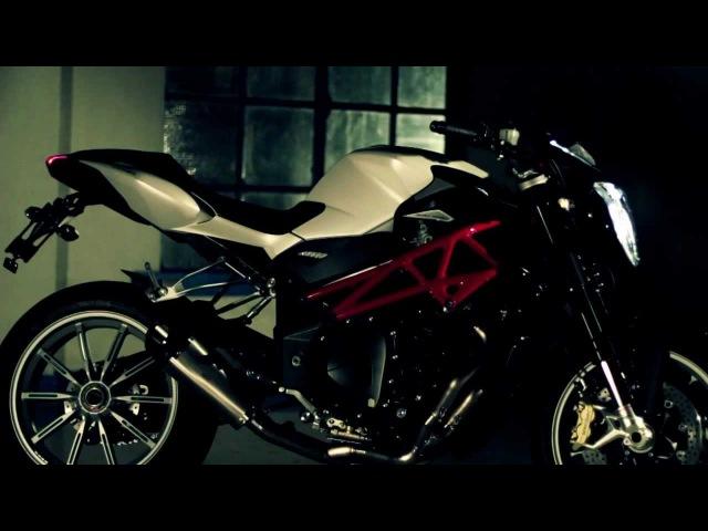 MV Agusta BRUTALE 2013 4 cilindri MY13