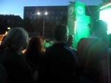 День города Кемерово 12.06.2012 Девка отжигает