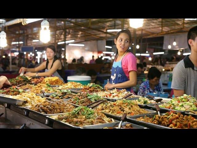 Ночной рынок в Паттайе Thepprasit weekend market