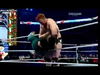 Hornswoggle taunts at Sheamus so Funny!!