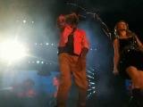 Taylor Swift Airplanes feat. B.o.B (Live at Cowboys Stadium) 10811