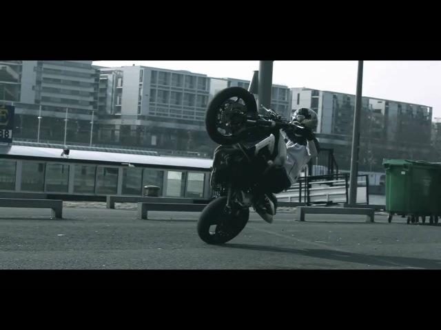 Stunt Attitude Punchin Uk - Triumph Promo