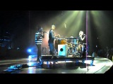 "No Doubt - ""Simple Kind of Life"" in Los Angeles on  11-28-12.avi"