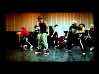 Justin Bieber как тренирует танец перед высуплением на сцене джастин бибер