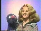 Classic Sesame Street - Grover and Madeline Kahn