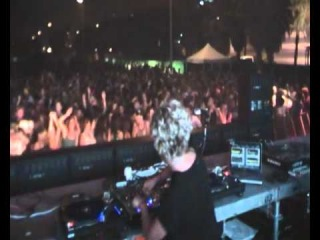 TINI (Desolat) @ EAST ENDER Sonar Off Barcelona 16.06.2011 by LUCA DEA video1